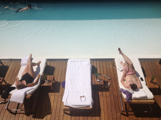 Habita Hotel pool